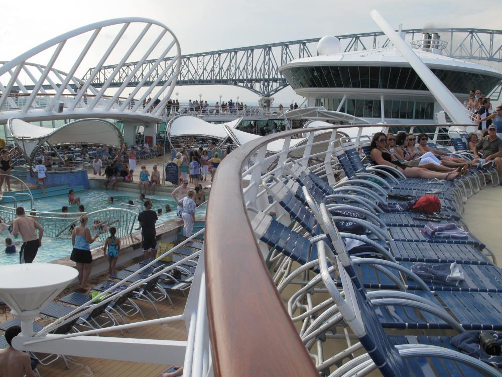 Enchantment Of The Seas - A Photo Review (2/6)