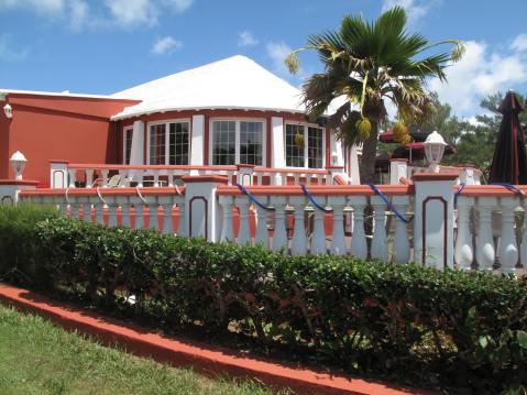 Henry V111 Restaurant & Bar, Bermuda