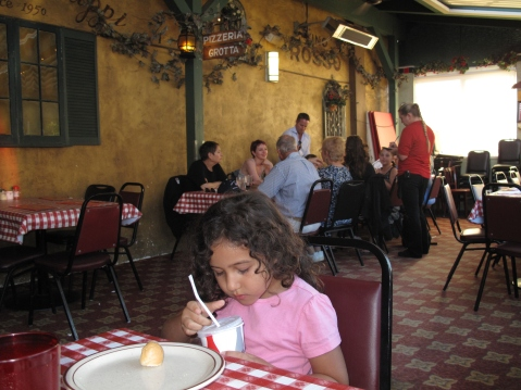 Filippi's Pizza Grotto, Little Italy