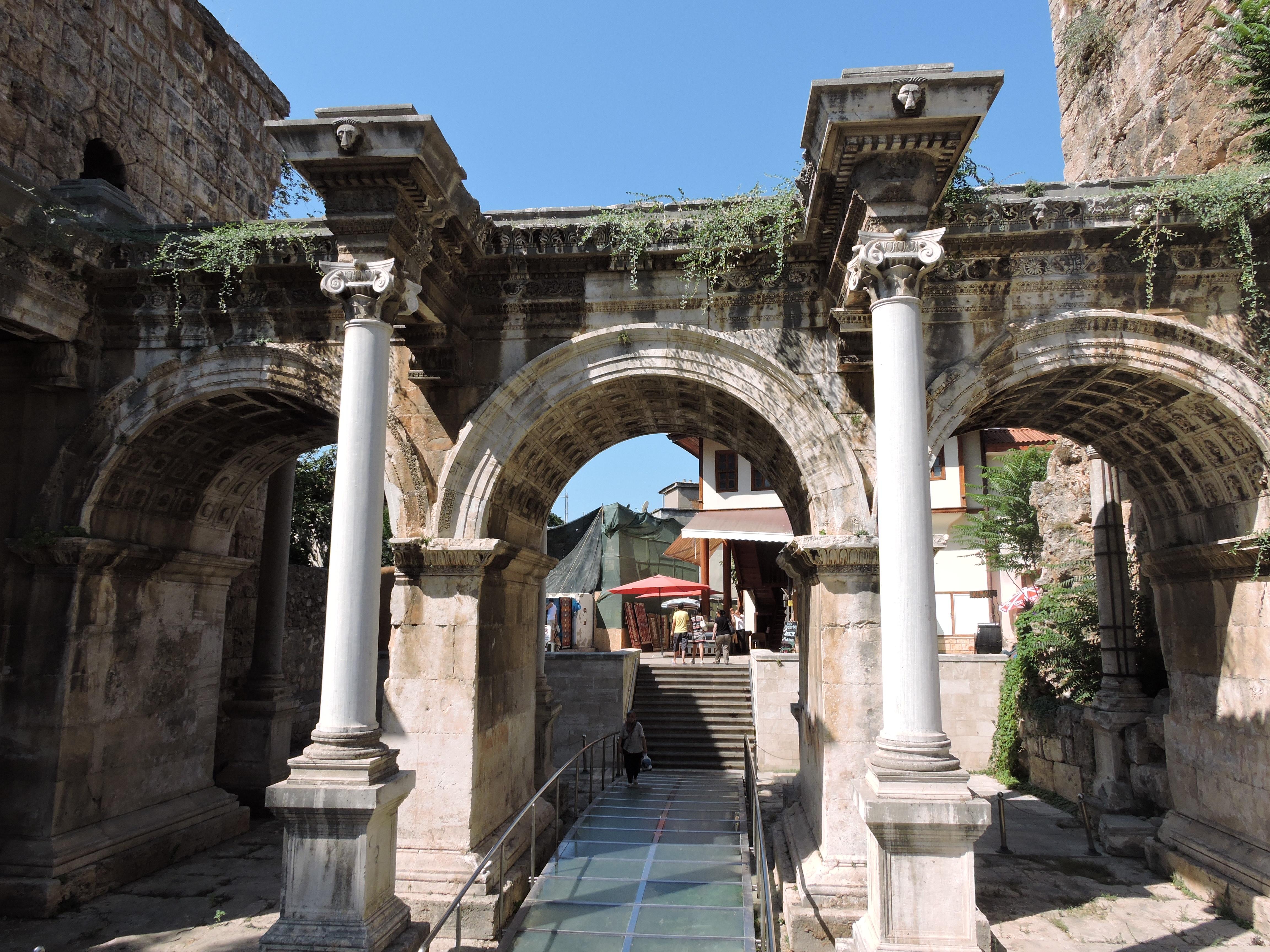 Hadrian's Gate, Antalya, Turkey  luchanik