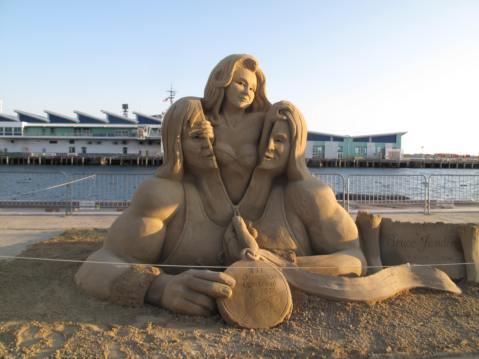 Bruce Jenner - U.S. Sand Sculpting Challenge